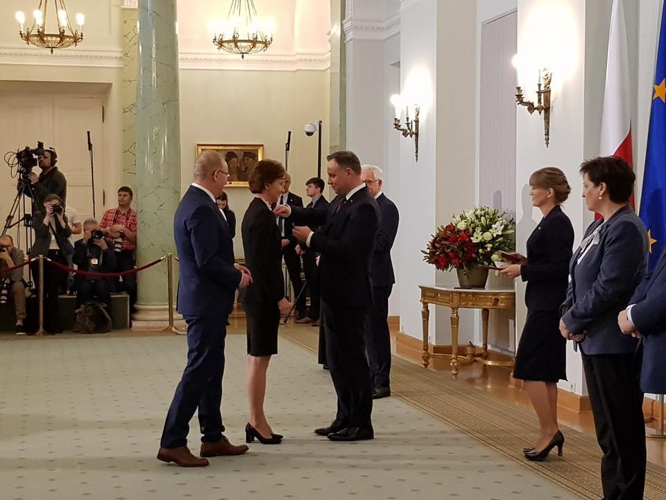 uroczystość wręczenia odznaczeń państwowych przez Prezydenta RP_16_04_2019.jpg